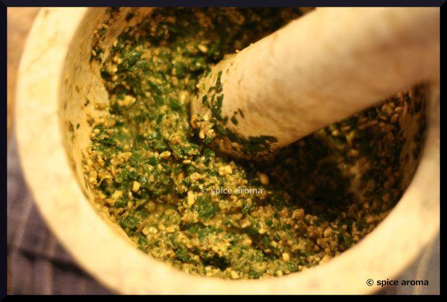 Roasted Bengal gram lentils